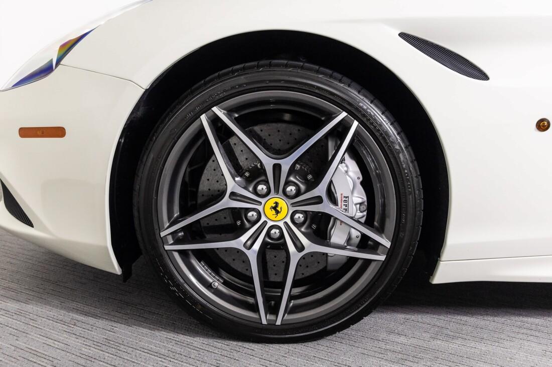 2016 Ferrari  California T image _611375d01fa0f7.68157657.jpg