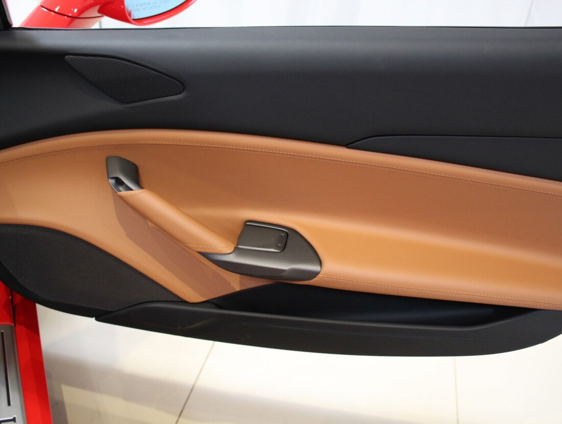 2019 Ferrari 488 Spider image _6114c7451d5e60.67877233.jpg
