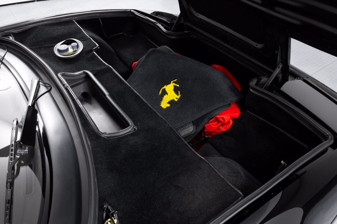 1990 Ferrari Testarossa image _6114c99b145344.52598922.jpg