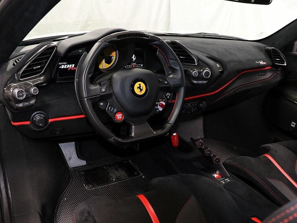 2019 Ferrari  488 Pista image _611618e1d3a236.47452930.jpg