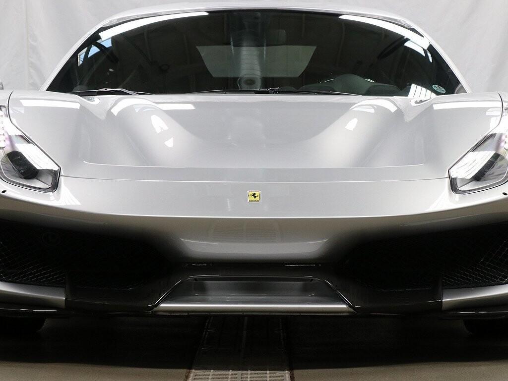 2019 Ferrari  488 Pista image _611618e804e6b9.48997441.jpg
