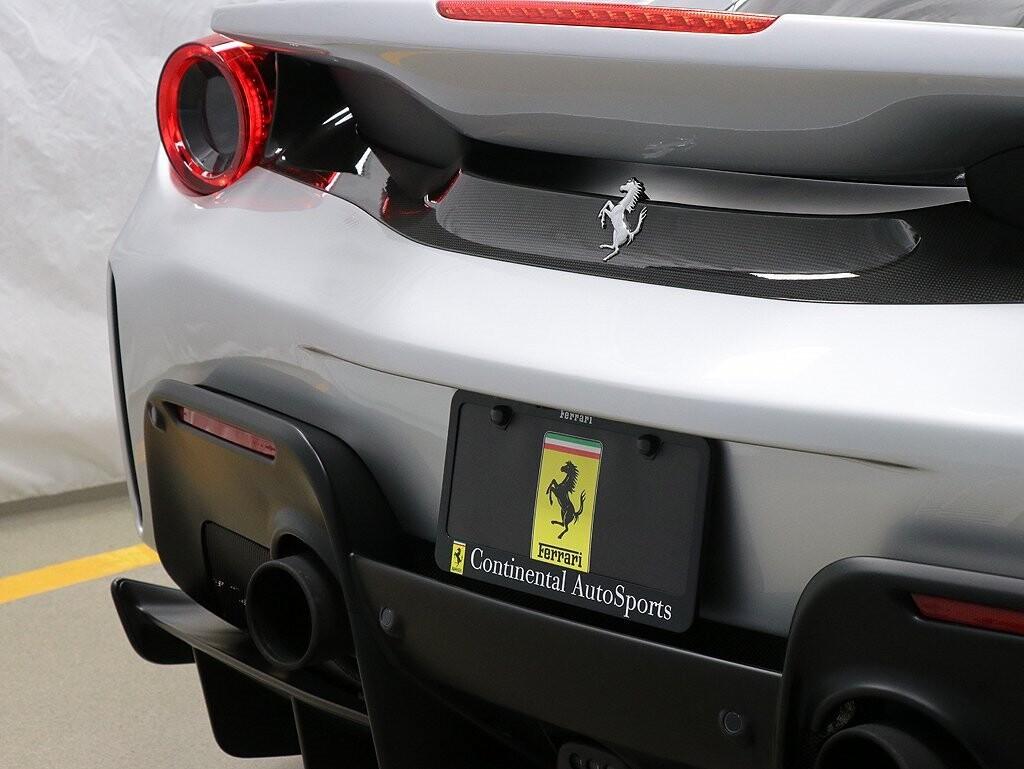 2019 Ferrari  488 Pista image _611618e9270272.02435385.jpg