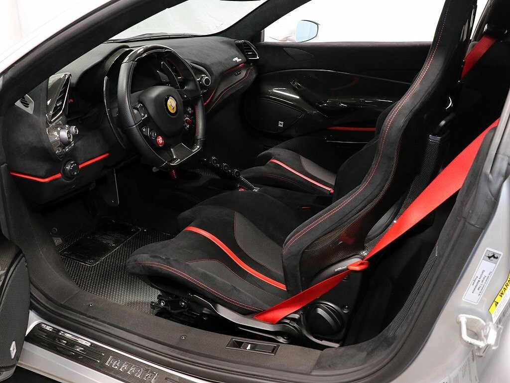 2019 Ferrari  488 Pista image _611618ef6554a8.44281937.jpg