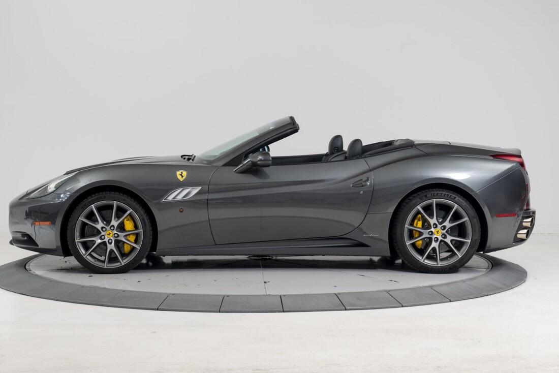 2014 Ferrari  California image _611619f36c6337.89397196.jpg