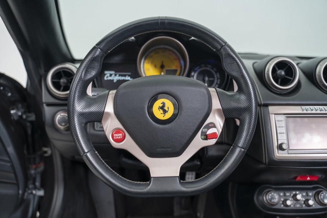 2014 Ferrari  California image _611619f5bf5e79.85895701.jpg