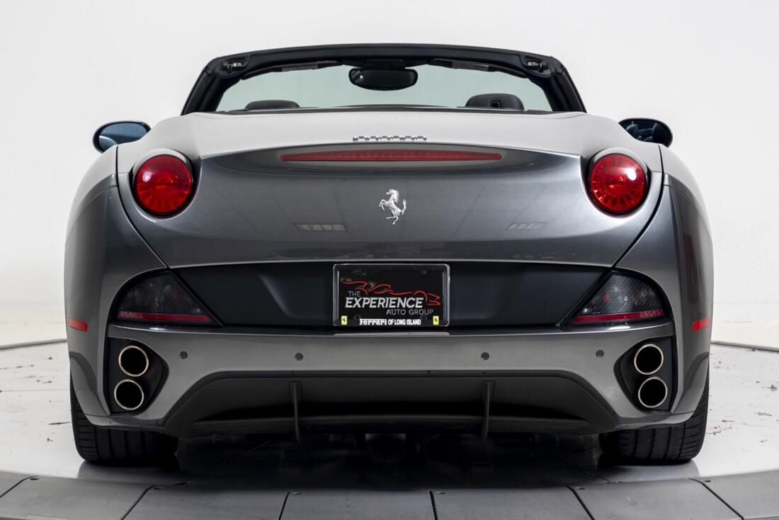 2014 Ferrari  California image _611619f6d2bcc7.84886392.jpg