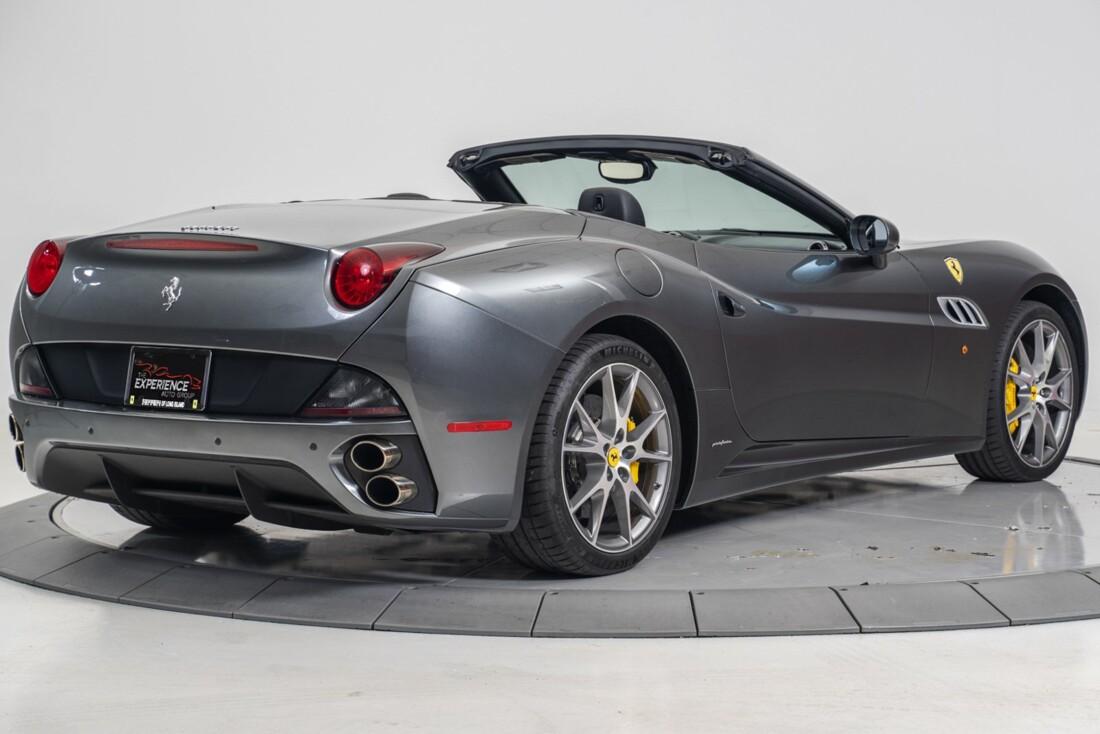 2014 Ferrari  California image _611619f7985644.11215593.jpg