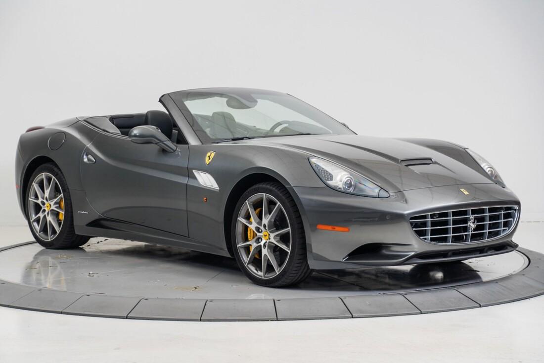 2014 Ferrari  California image _611619f9519215.94030063.jpg
