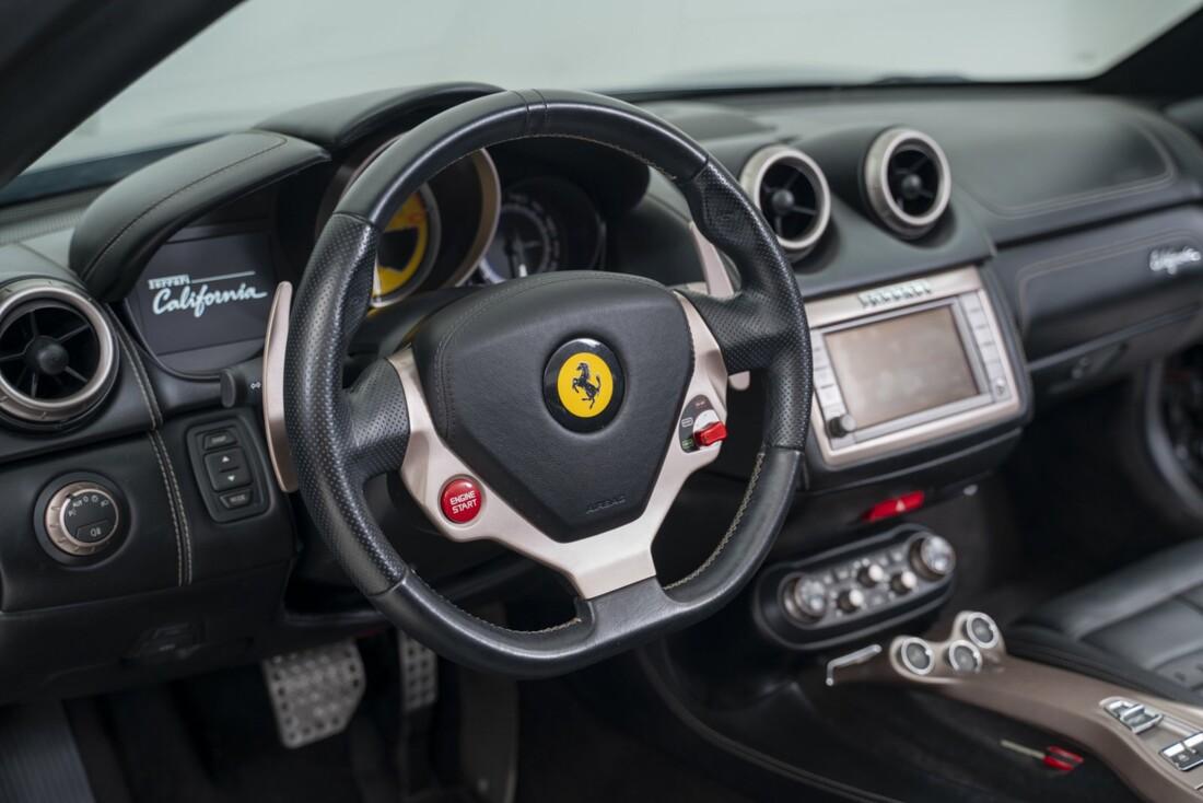 2014 Ferrari  California image _611619ffd13b88.96890500.jpg