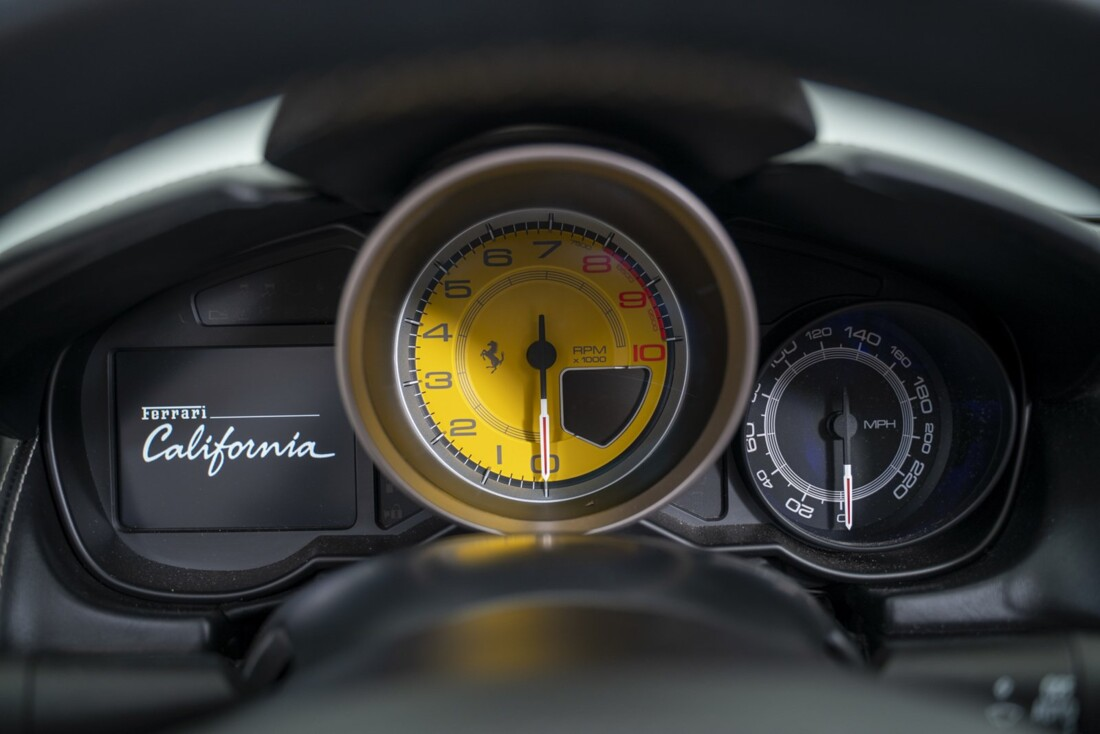 2014 Ferrari  California image _61161a04798394.71229907.jpg