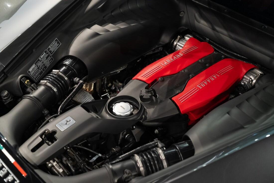 2017 Ferrari 488 GTB image _61161a421d0165.45440542.jpg