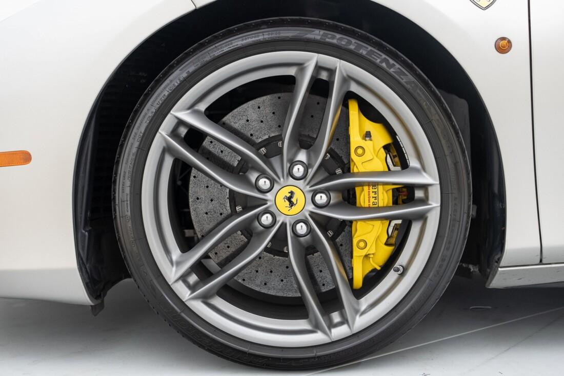 2019 Ferrari 488 Spider image _61176b14408308.42693122.jpg