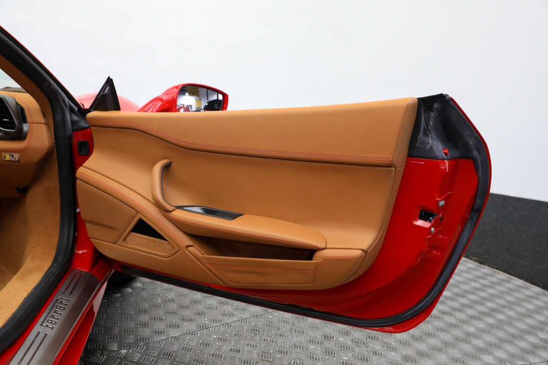 2015 Ferrari 458 Spider image _6118bbdd514e82.94997784.jpg