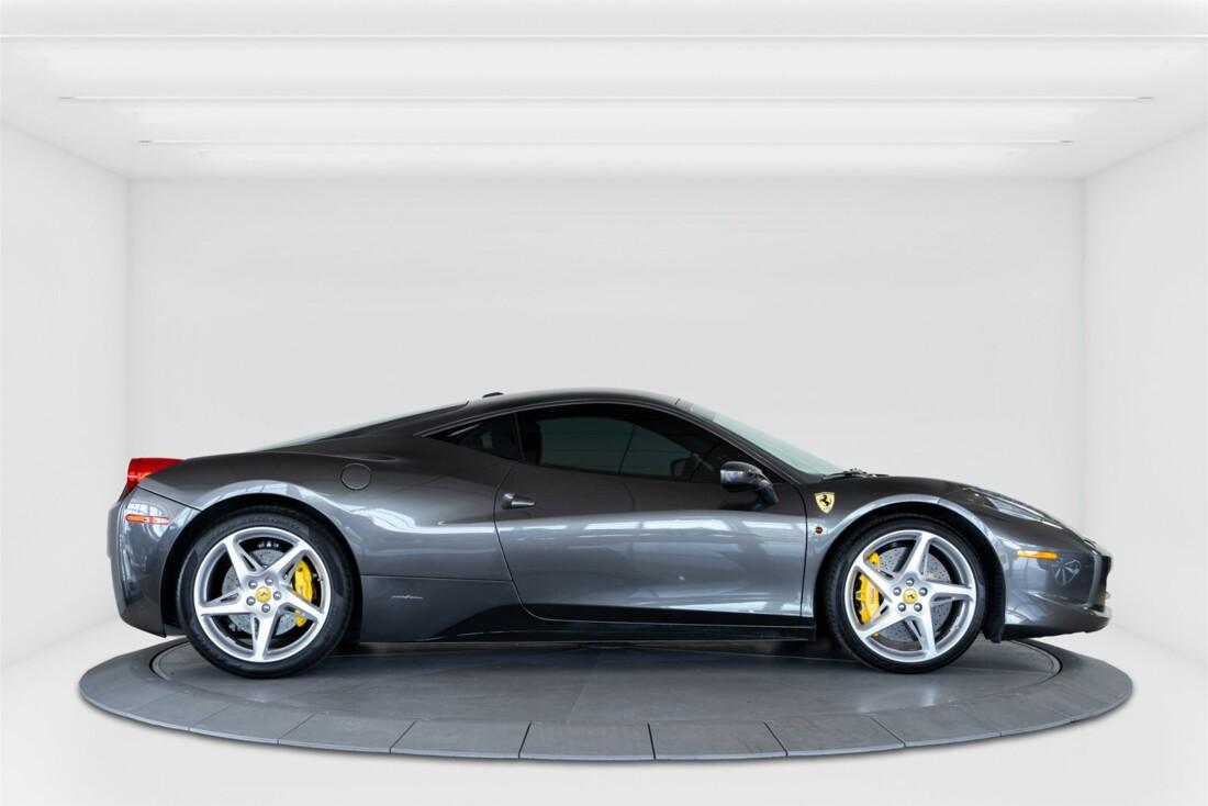 2010 Ferrari  458 Italia image _611b5e75daf4e9.26466932.jpg