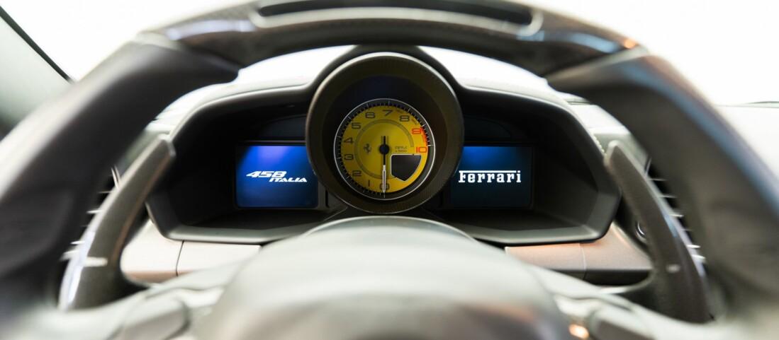 2010 Ferrari  458 Italia image _611b5e87c19816.27541041.jpg