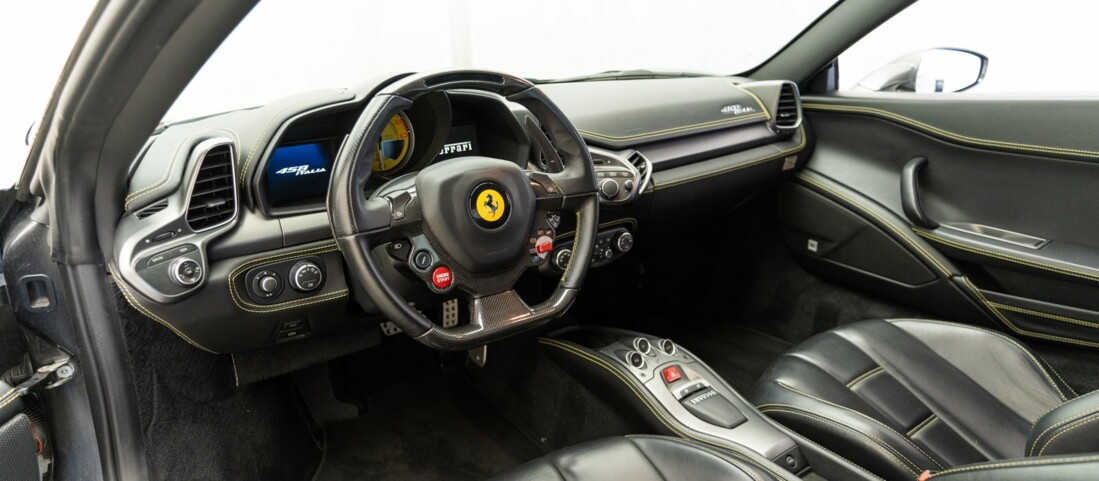2010 Ferrari  458 Italia image _611b5e886497e8.83234544.jpg