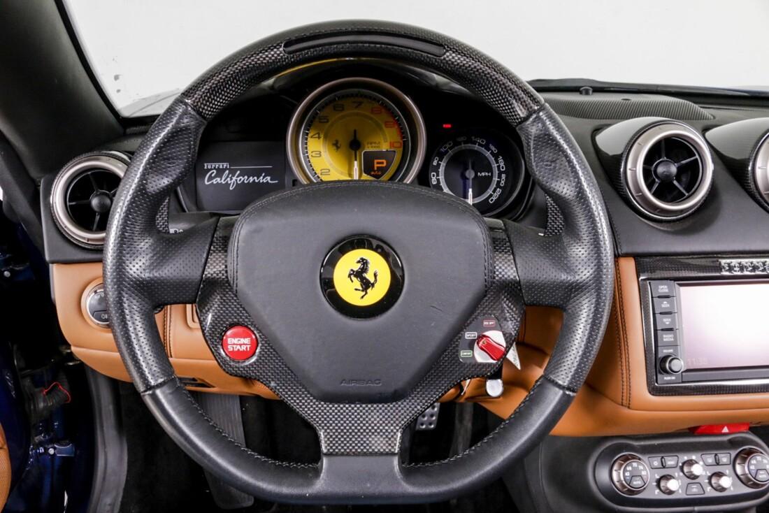 2014 Ferrari  California image _611b60363e7834.59009992.jpg