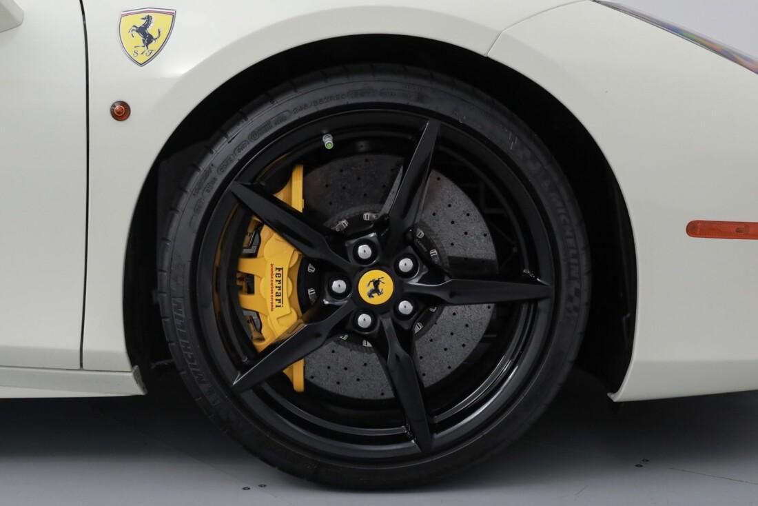 2018 Ferrari 488 GTB image _611cb03a3f7bc7.30543359.jpg