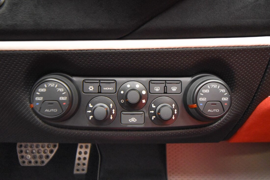 2020 Ferrari 488 Pista Spider image _611cb266838931.54464210.jpg