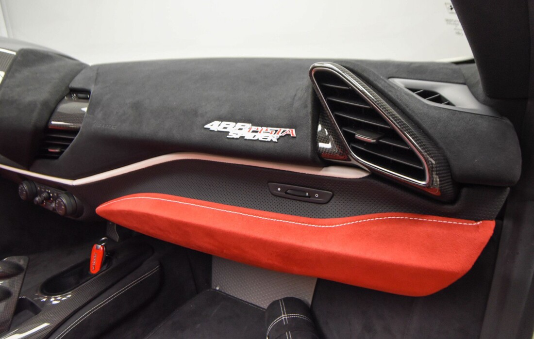 2020 Ferrari 488 Pista Spider image _611cb2714cf4b7.88398783.jpg