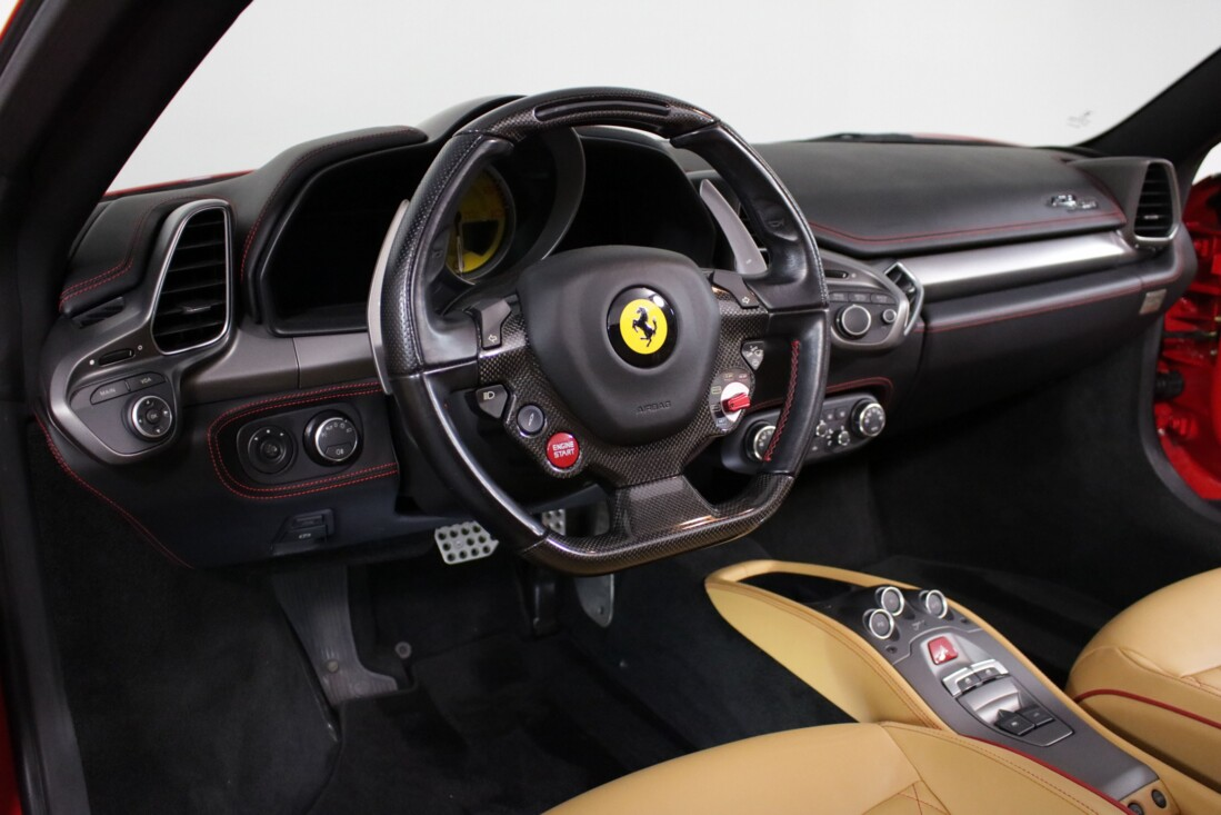 2013 Ferrari 458 Spider image _611d0ff9604802.19695035.jpg
