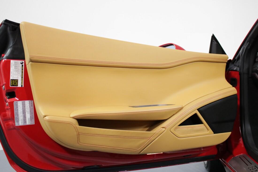 2013 Ferrari 458 Spider image _611d10328c2af1.34196756.jpg