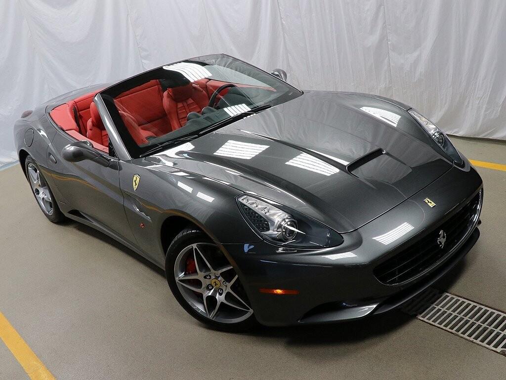 2010 Ferrari  California image _6120a4babe5d92.57854593.jpg