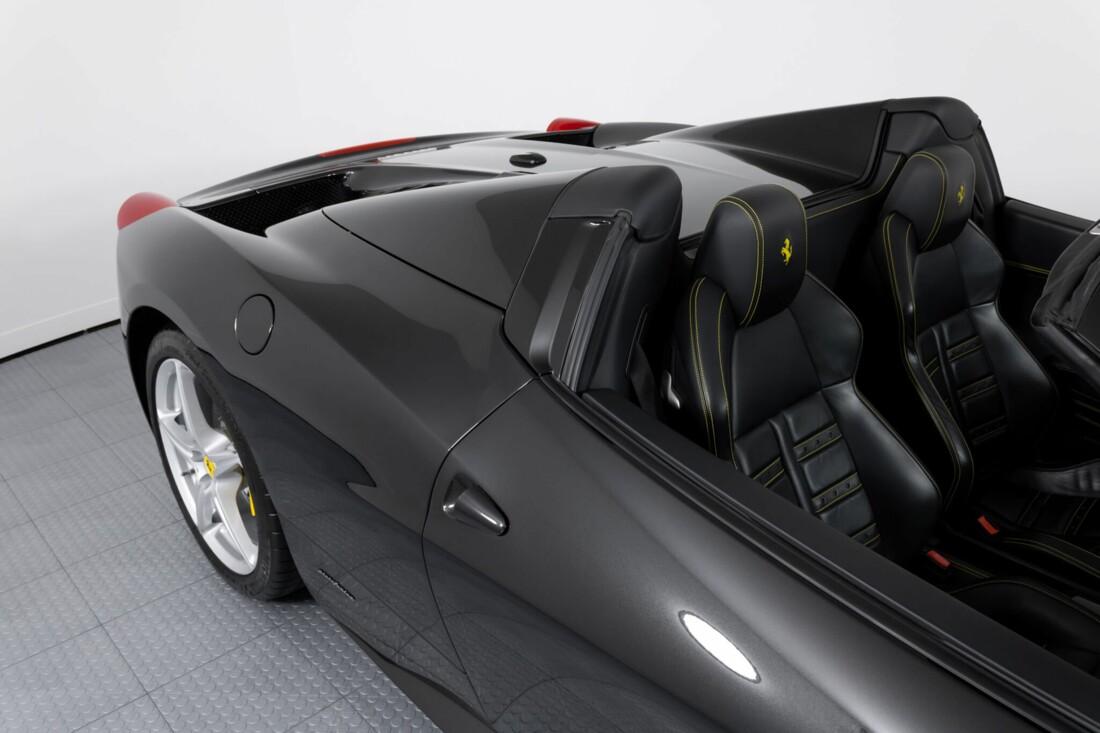2013 Ferrari 458 Spider image _6120a5d0065907.91082443.jpg