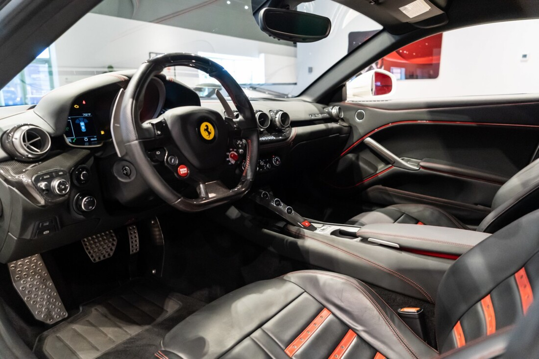 2016 Ferrari F12berlinetta image _6120a71e1602d4.96328007.jpg