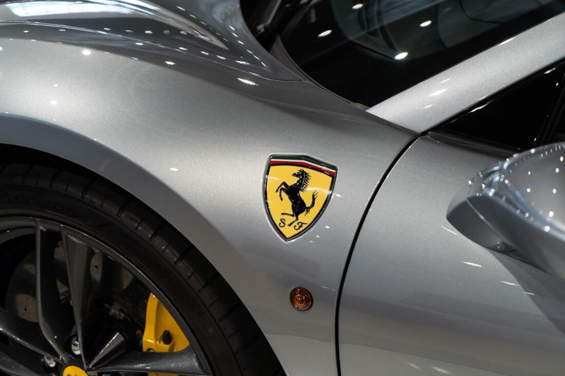 2018 Ferrari 488 Spider image _6120a73c8e0eb3.52385621.jpg