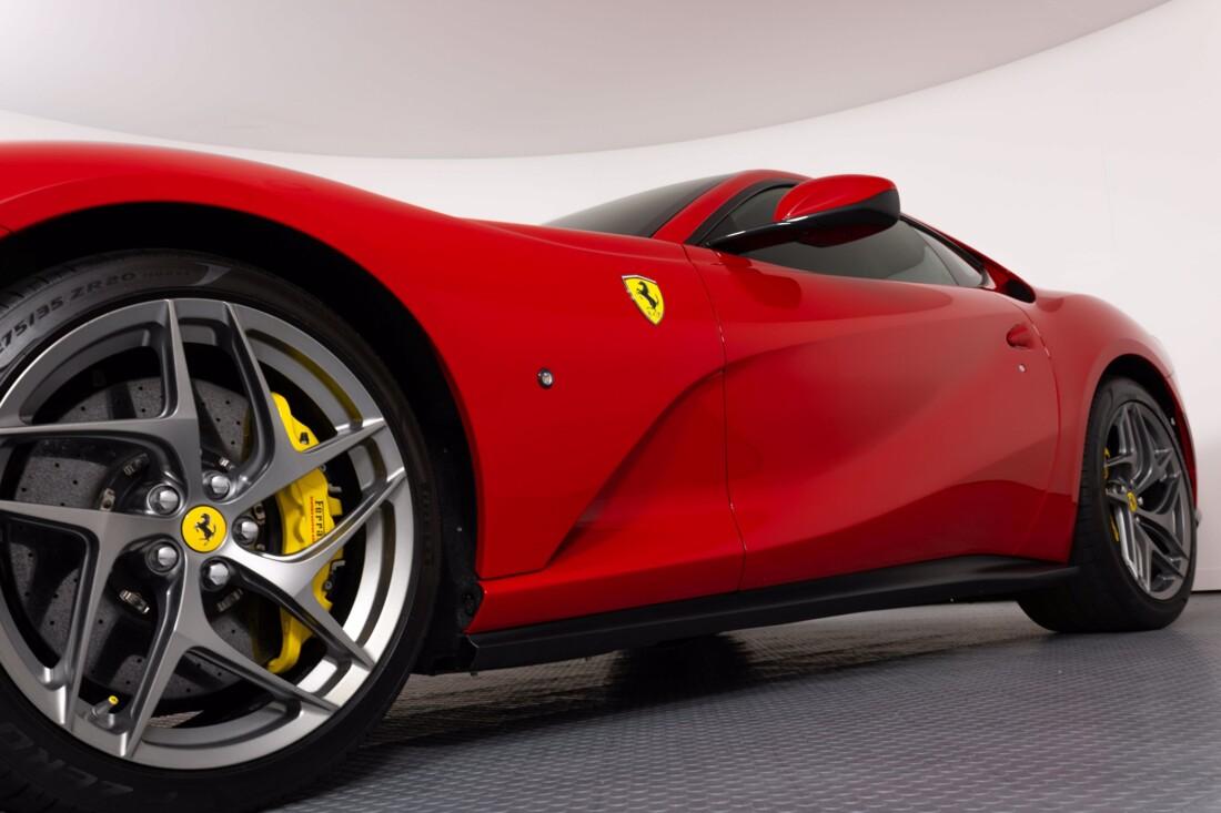 2018 Ferrari 812 Superfast image _6121f66e36d0d4.60886215.jpg