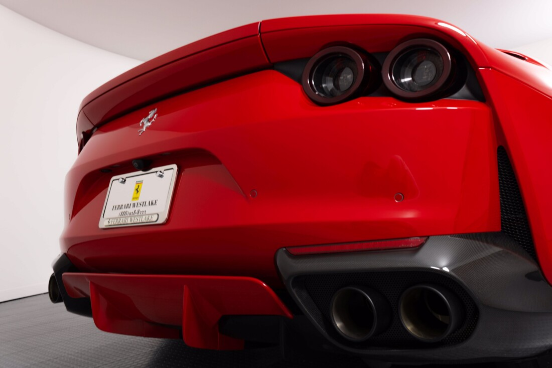 2018 Ferrari 812 Superfast image _6121f6c5bb78a6.56678433.jpg