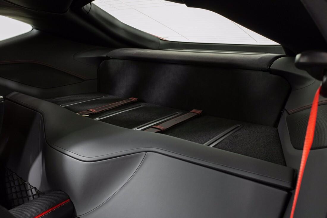 2018 Ferrari 812 Superfast image _6121f7eff01bf7.49674811.jpg