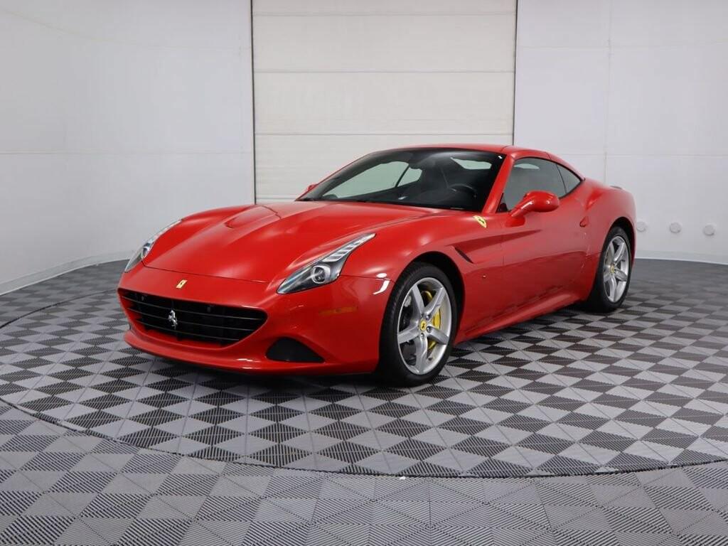 2015 Ferrari  California image _6121f8553c8574.78939879.jpg