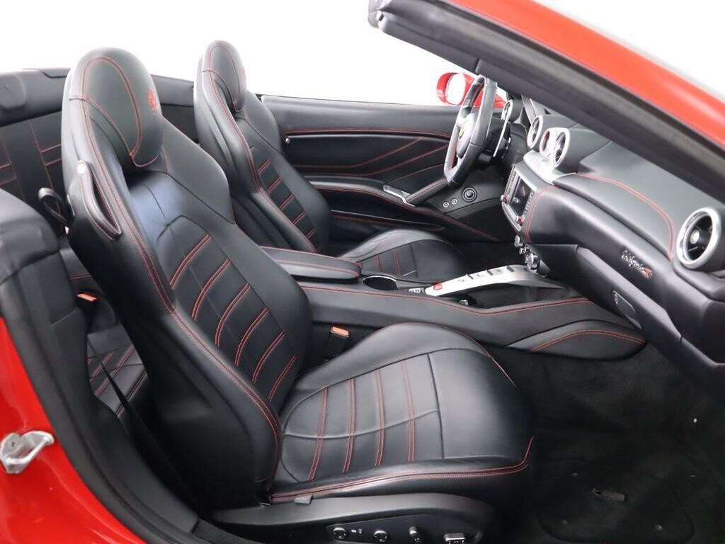2015 Ferrari  California image _6121f85ede02c9.55908110.jpg