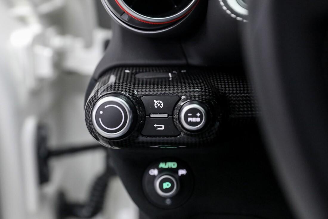 2020 Ferrari 812 Superfast image _6125eb0ab42051.58092607.jpg
