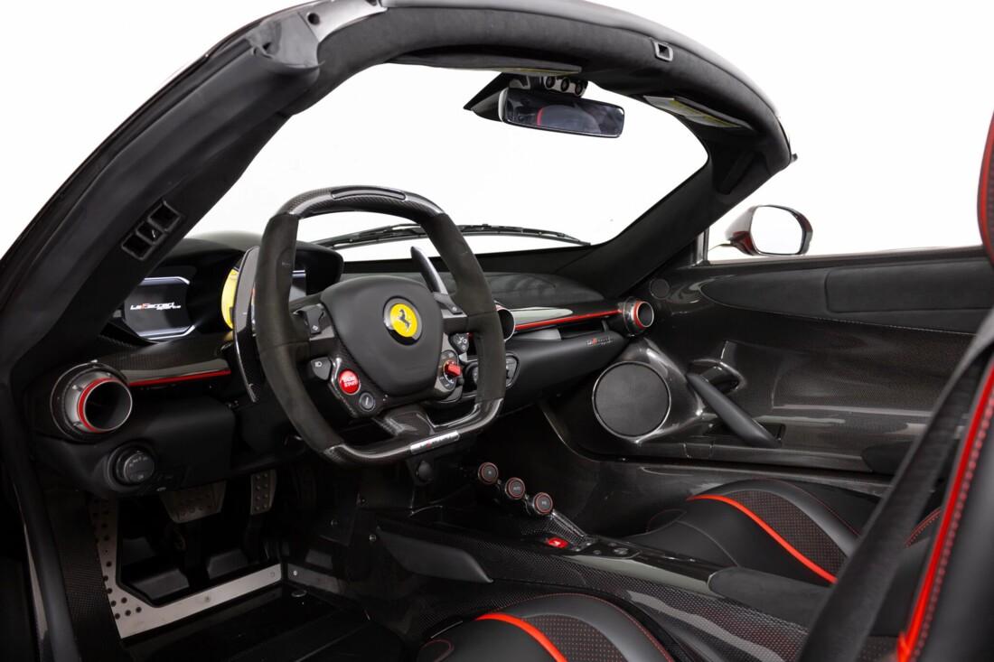 2017 Ferrari La Aperta image _6125eb3dea64c8.96506471.jpg
