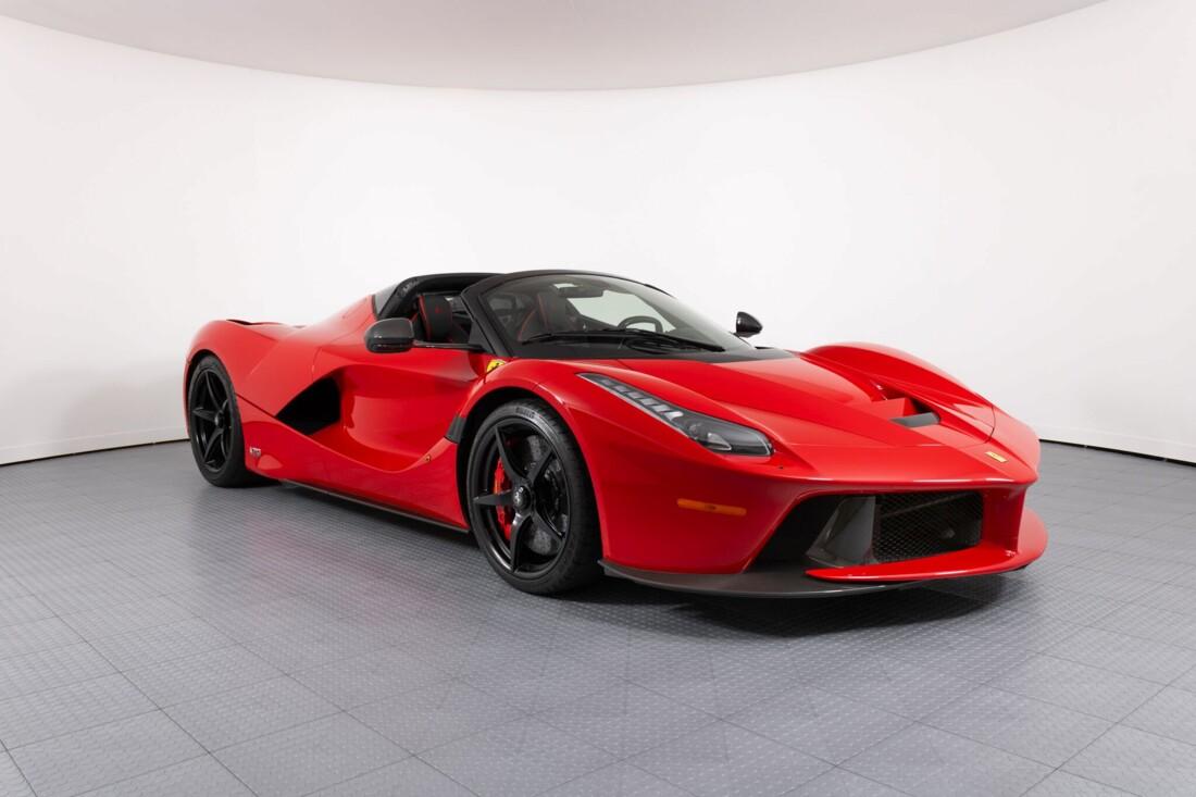 2017 Ferrari La Aperta image _6125eb3ed598a3.02073879.jpg