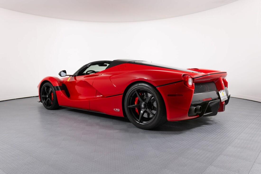 2017 Ferrari La Aperta image _6125eb3facdff5.52907129.jpg