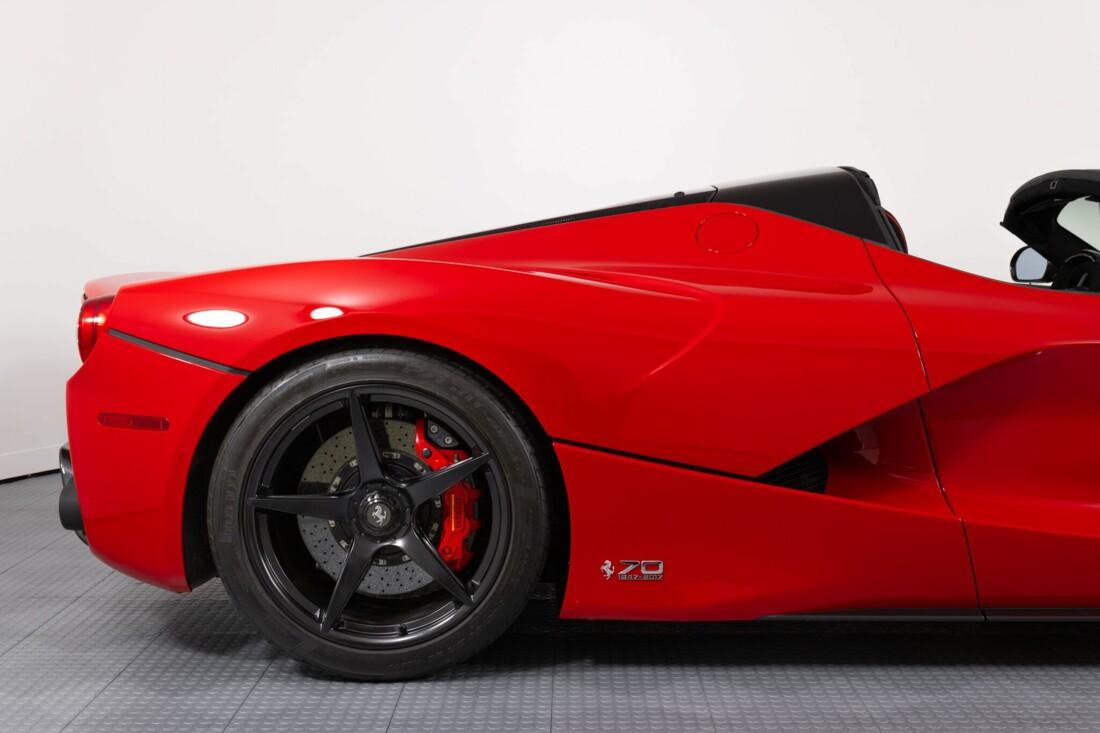 2017 Ferrari La Aperta image _6125eb431321d2.71017082.jpg
