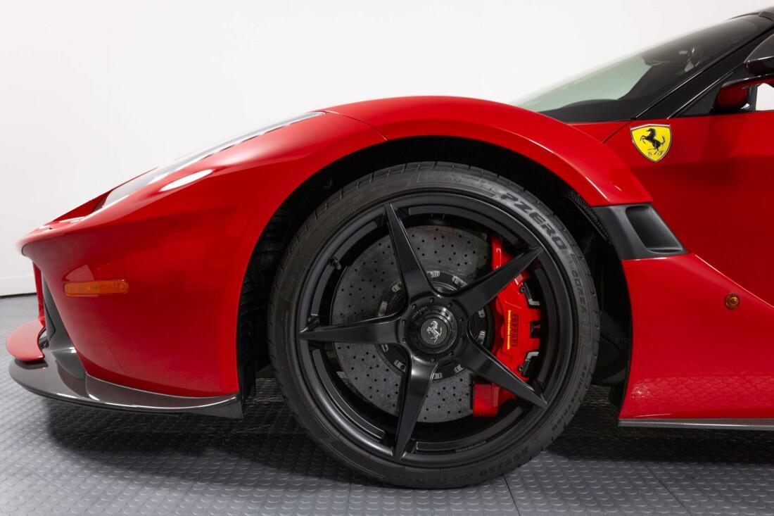 2017 Ferrari La Aperta image _6125eb4b4c2c51.51710864.jpg