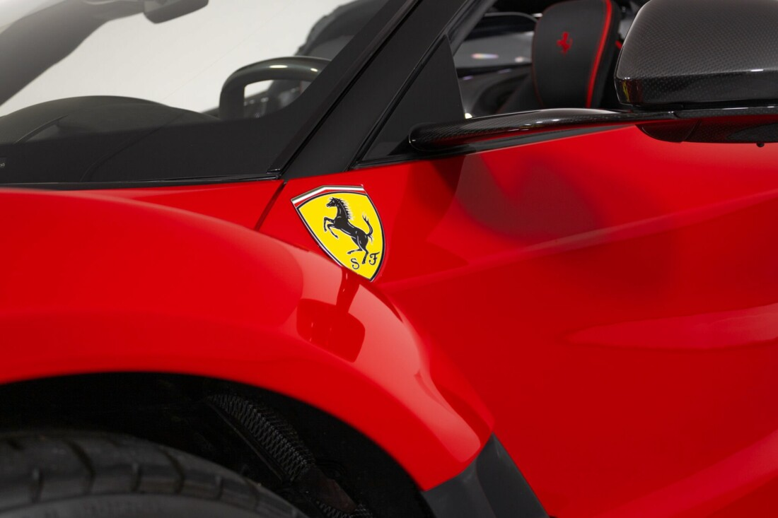 2017 Ferrari La Aperta image _6125eb6fe71ca5.73319156.jpg