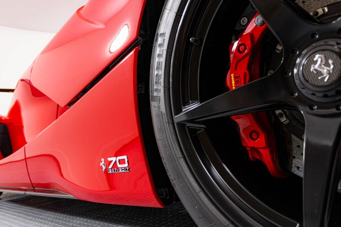 2017 Ferrari La Aperta image _6125eb7187fbc7.65199190.jpg