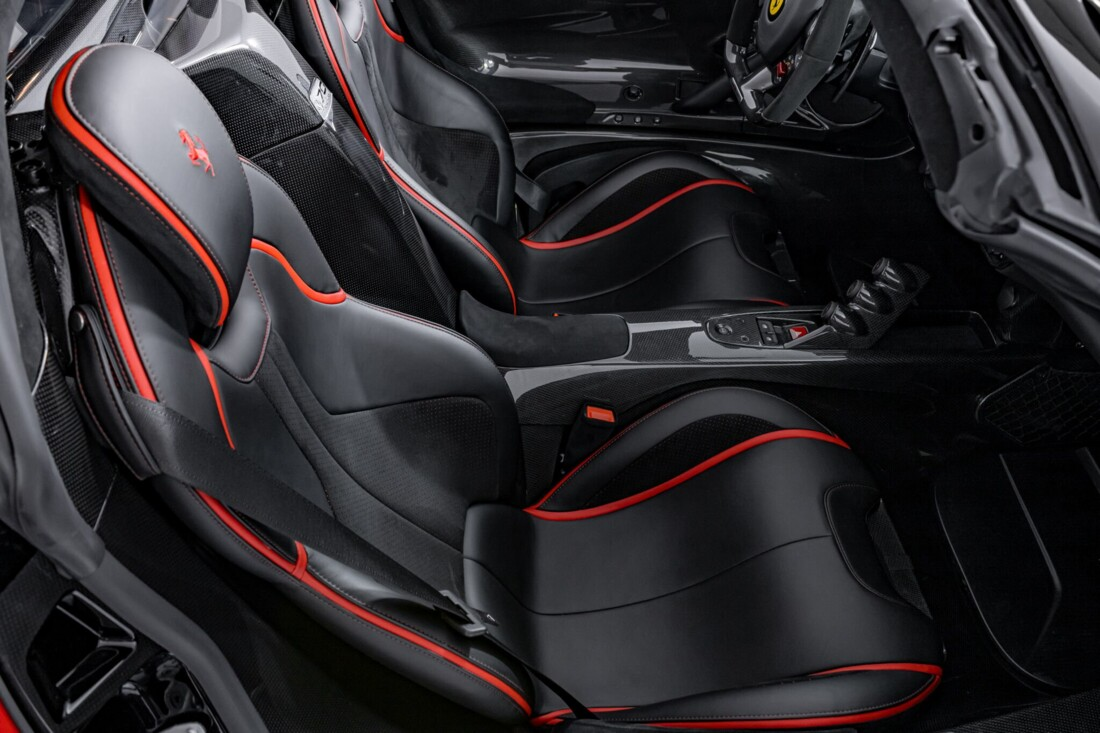 2017 Ferrari La Aperta image _6125eb7f985ad0.42884585.jpg