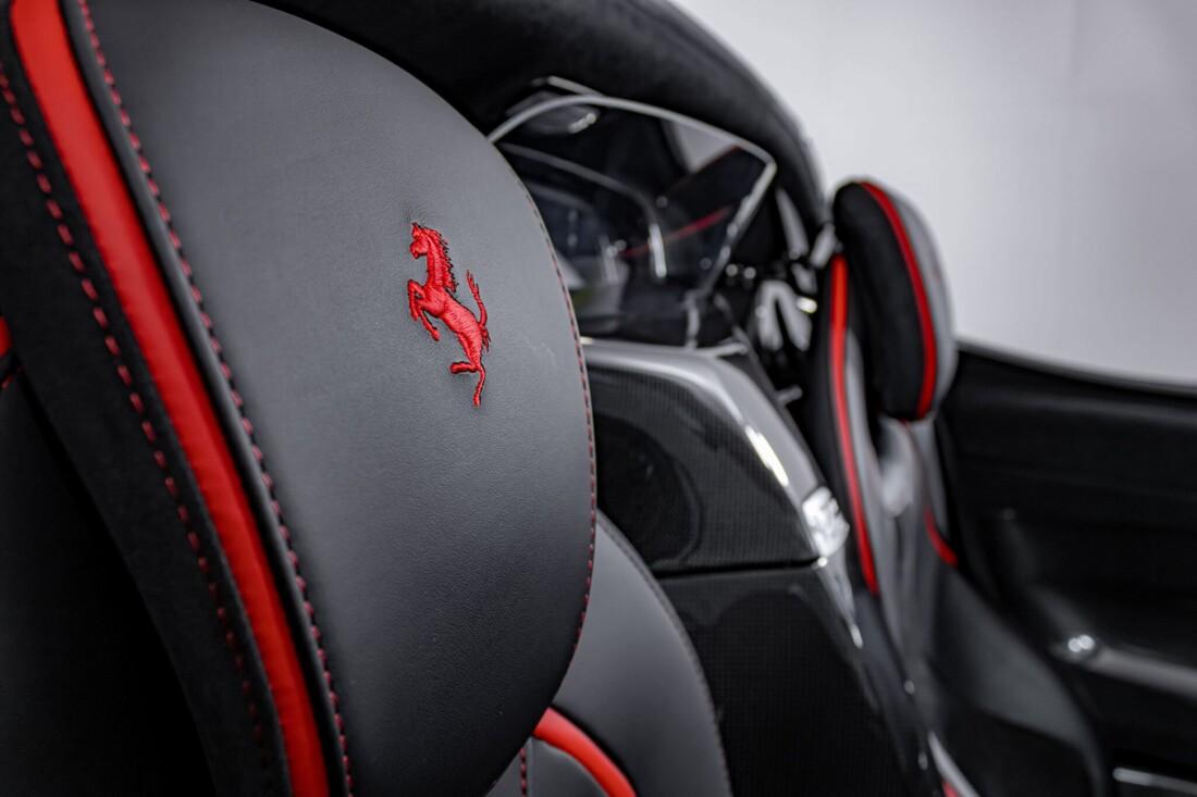2017 Ferrari La Aperta image _6125eb8441e468.84996106.jpg