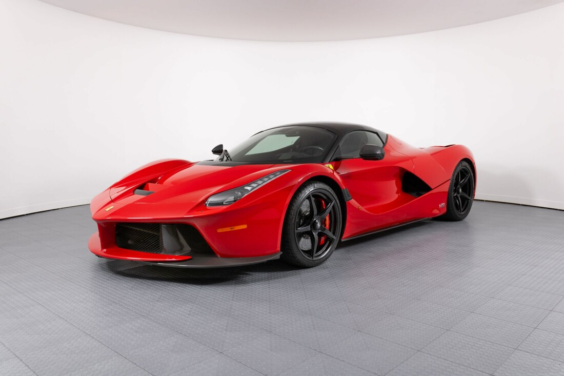 2017 Ferrari La Aperta image _6125eb9f918714.57104593.jpg