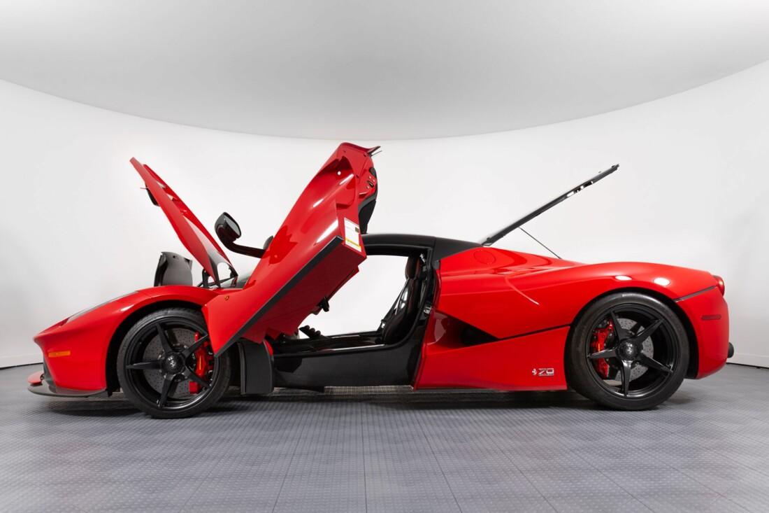 2017 Ferrari La Aperta image _6125ebbce32cc4.93562125.jpg