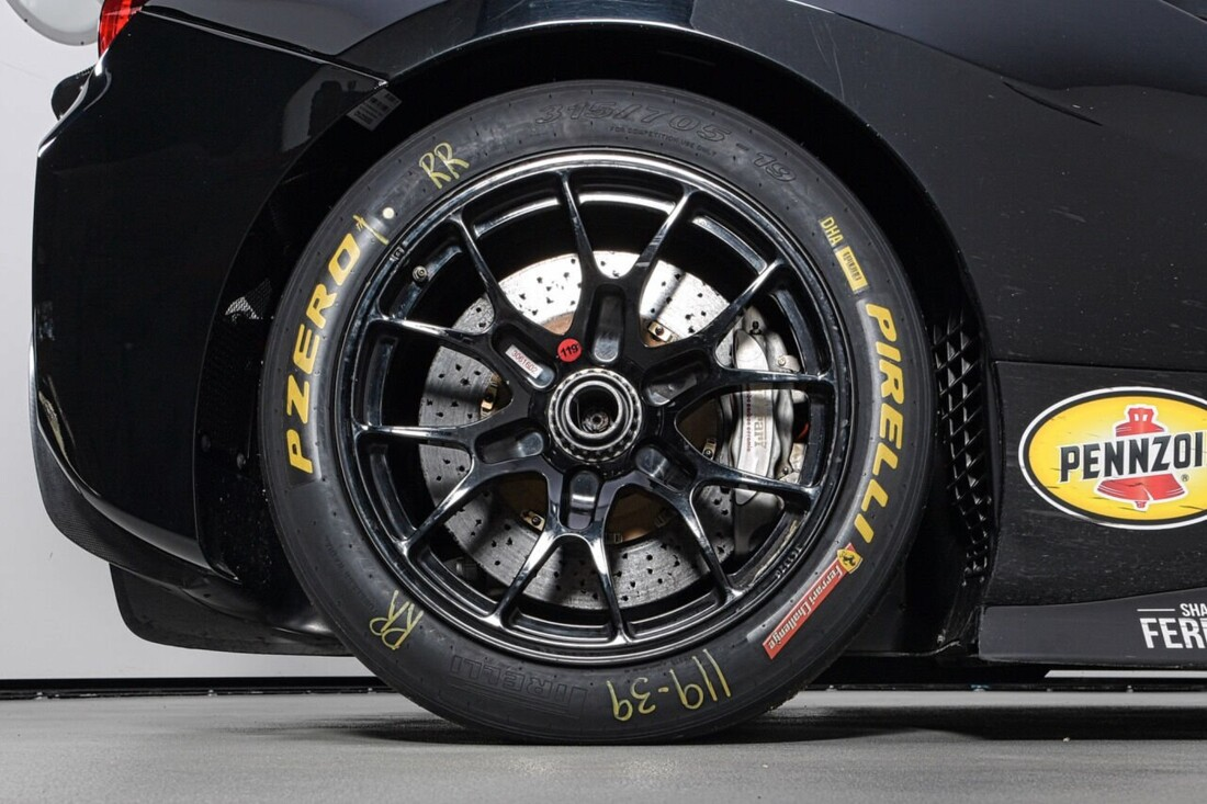 2017 Ferrari 488 Challenge image _6125ebd139e586.37683902.jpg