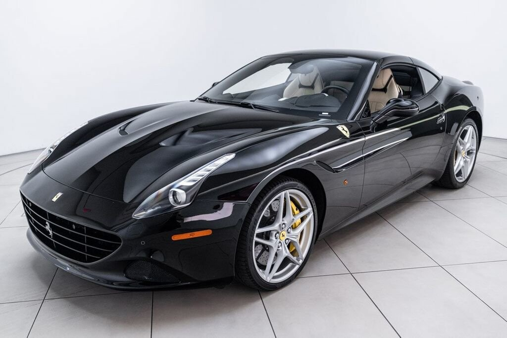 2016 Ferrari  California image _6125ec19890431.12916882.jpg