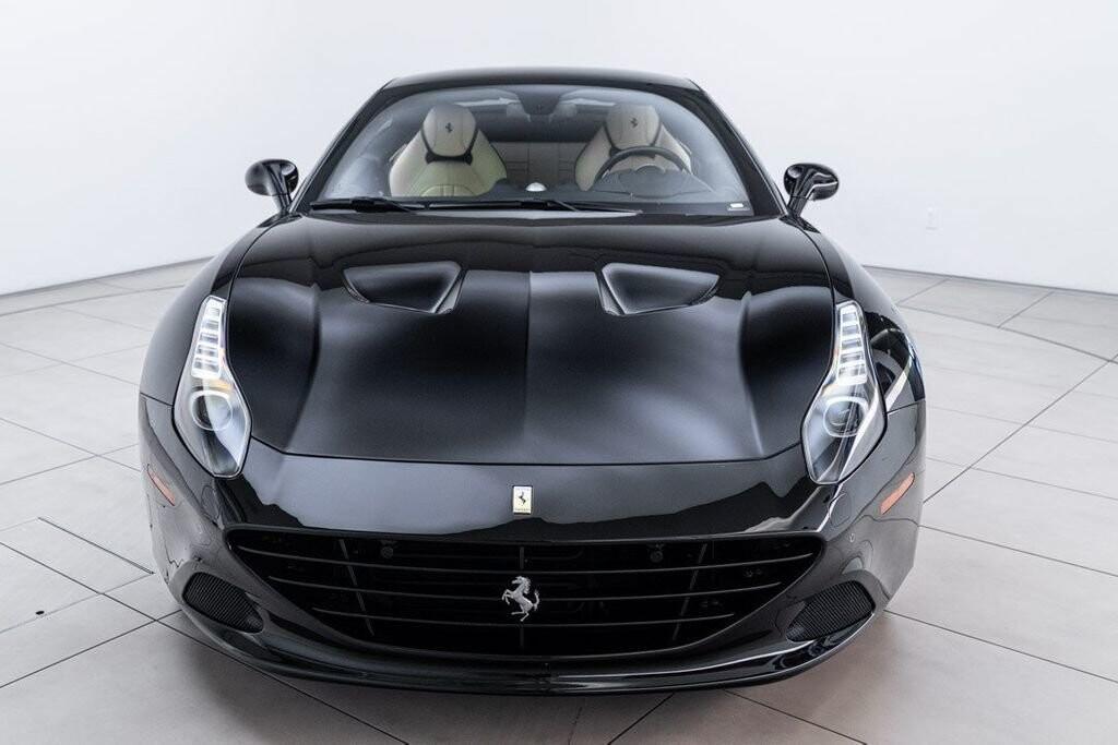 2016 Ferrari  California image _6125ec19ee9842.30731349.jpg